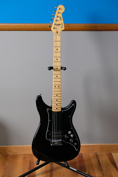 Fender Lead i 1982 Black body/solid maple neck