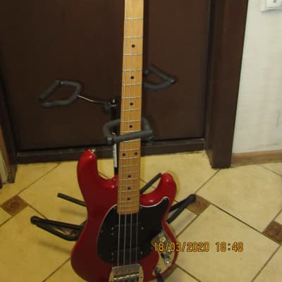 Music Man Sabre 1984 Red for sale