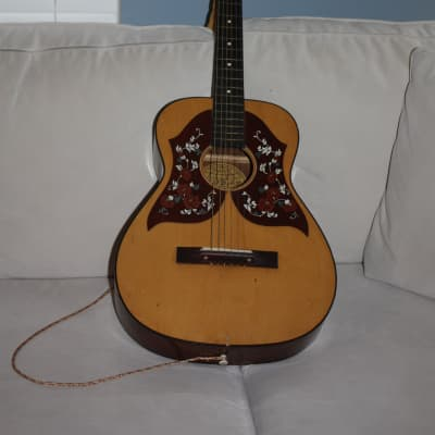 GLOBAL Classical Guitar for sale