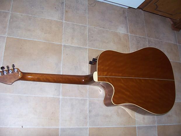 Fender La Brea Acoustic Electric Guitar W Case Cable