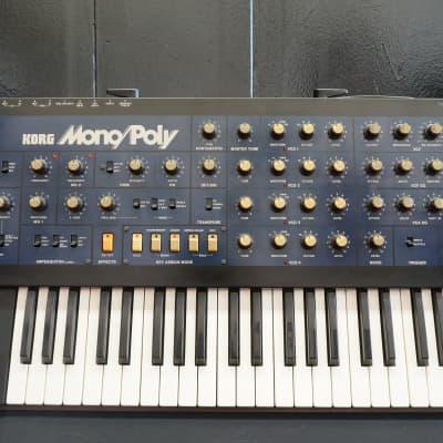 Korg Mono/poly Monopoly Vintage Analogue Polyphonic Synthesiser - 240V