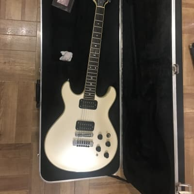 Fender Esprit Elite 1984 for sale