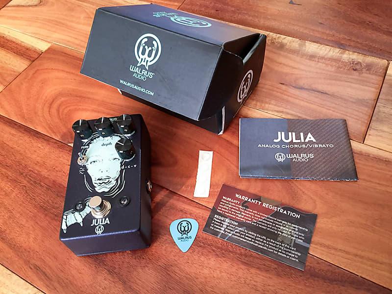 walrus audio julia chorus vibrato 2018 blue reverb. Black Bedroom Furniture Sets. Home Design Ideas