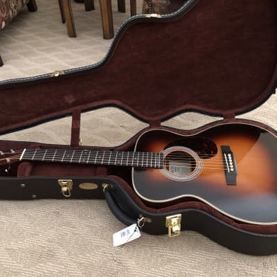 Martin 000-28M EC (Eric Clapton) Limited Edition 2009 Sunburst Collector's Dream for sale