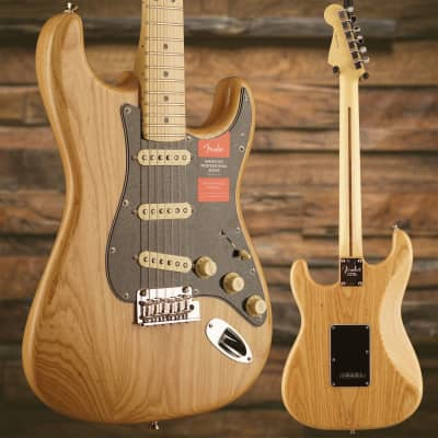 American Pro Stratocaster, Maple Fingerboard, Natural