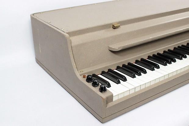wurlitzer model 146 electric piano reverb. Black Bedroom Furniture Sets. Home Design Ideas