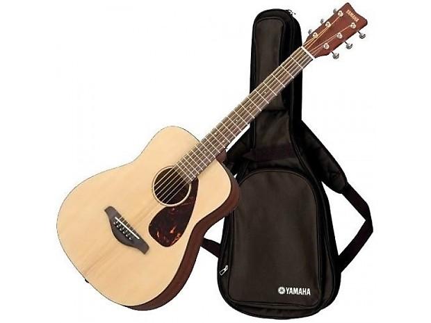 Yamaha jr2 3 4 size acoustic guitar with gig bag natural for Yamaha jr2 3 4