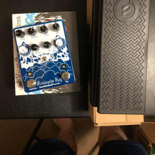 Earthquaker Devices Avalanche Run 2017 Blue