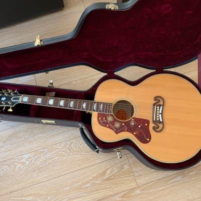 2010 Gibson Custom Shop SJ-200 5 STAR QUILT Maple Left lefty WOHC