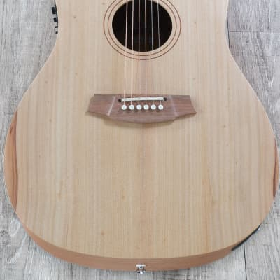 Cole Clark Fat Lady 1 Acoustic-Electric Guitar Bunya Top & Queensland Maple for sale