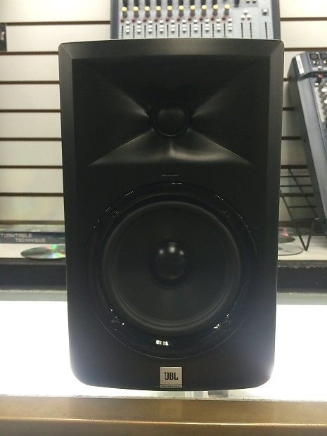 jbl lsr305 5 single powered studio monitor black dmu reverb. Black Bedroom Furniture Sets. Home Design Ideas