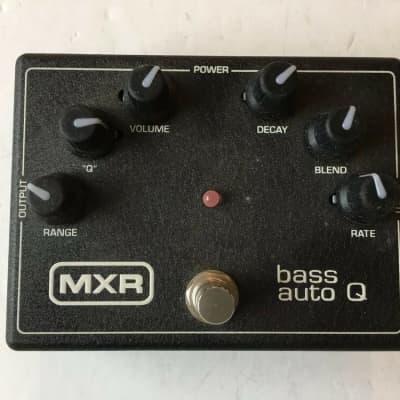 MXR Dunlop M-188 Bass Auto Q Wah Envelope Filter Rare Guitar Effect Pedal