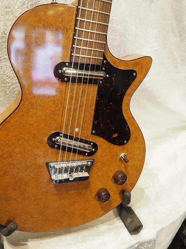 oswald guitars baridan danish walnut instrumentshoppen reverb. Black Bedroom Furniture Sets. Home Design Ideas