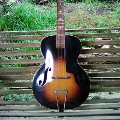Supertone 1930,S 1930,S Brown Sunburst Cant find one this clean, early no sticker model for sale