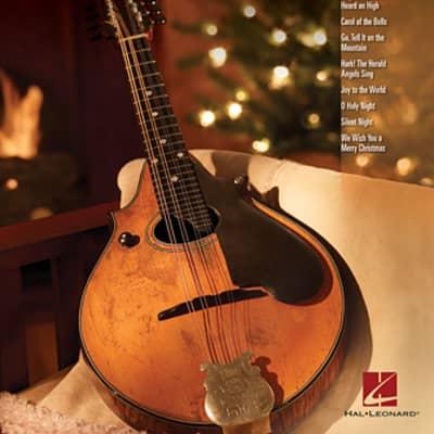 Hal Leonard Christmas Carols Mandolin Play-Along Volume 9