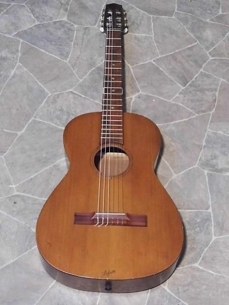 Vintage Hofner H 214 Fner 513 Parlor Classical Guitar Germany
