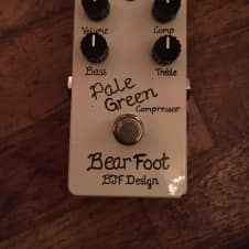 Barefoot Sound Pale Green Compressor Off White