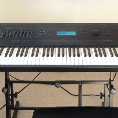 Kurzweil K2500XS Sampling Workstation Synthesizer 1998 Black