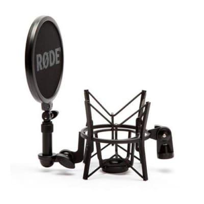 RODE SM6 Shockmount w/ Pop Filter