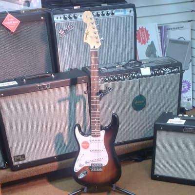 Squier Affinity Stratocaster Left-Handed with Laurel Fretboard 2019 - 2020 Brown Sunburst for sale
