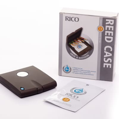 Rico Reed Case with 73% Humidity Control