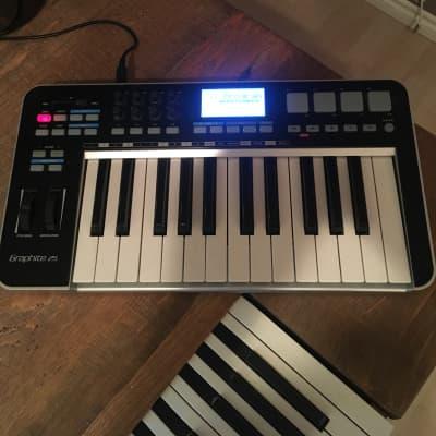Samson Graphite 25 USB MIDI Keyboard Controller