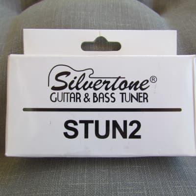 Silvertone  STUN2 Guitar Tuner Near Mint In The Box Silvertone Guitar & Bass Tuner Silvertone STUN2