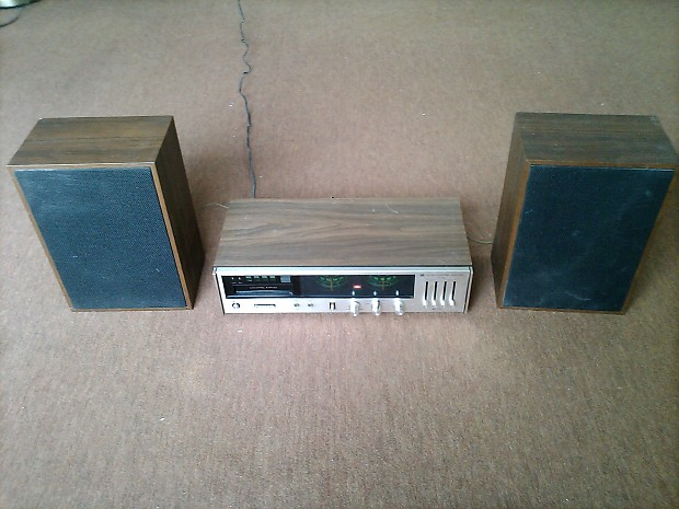 Panasonic RE 8190 44 Series Quad Stereo With Two Bookshelf Speakers