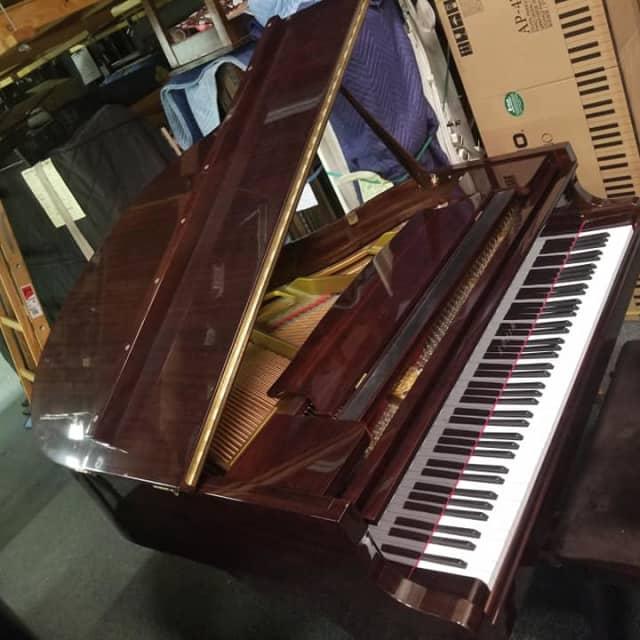Sojin Baby Grand Piano Dark Polish Mahogany image