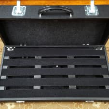 """Pedal Pad AXS III C Pedalboard w/ 3 Double Female 1/4"""" Jacks &1 AC Inlet/Outlet!"""