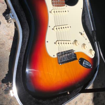 Fender American Deluxe Stratocaster 3-Tone Sunburst for sale