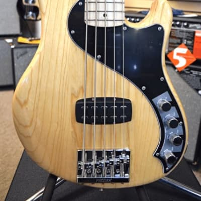Fender Fender Deluxe Dimension V 5 String Bass Guitar for sale