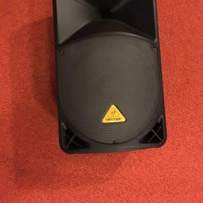 """KILLER DEAL!! Behringer  Eurolive B112D 1000-Watt 12"""" Powered Speaker with Soft-shell Case"""
