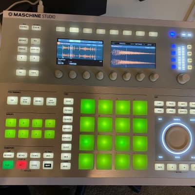 Native Instruments Maschine Studio MK2 White