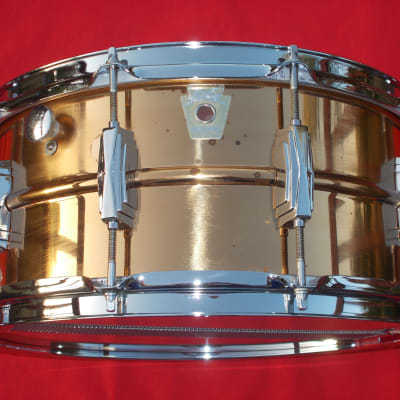 """Ludwig No. 552 Bronze 6.5x14"""" Snare Drum with Large Chicago Keystone Badge 1984"""