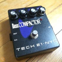 Tech 21 Bass Compactor image