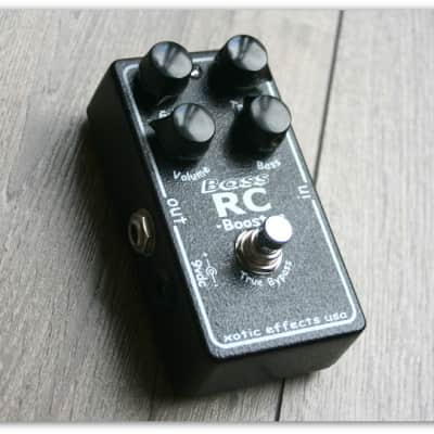 """Xotic """"Bass RC Booster"""""""