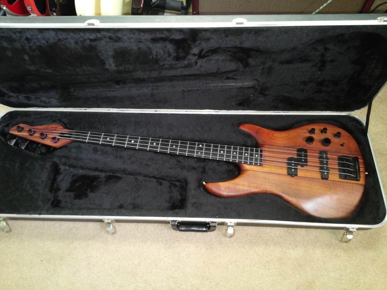 peavey dyna bass unity series neck thru koa 4 string bass reverb. Black Bedroom Furniture Sets. Home Design Ideas
