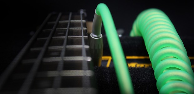 """Kirlin Premium Coil Cable 1//4/"""" single Angle Guitar Instrument Green 30 Ft."""