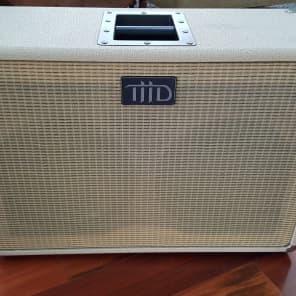 THD 2x12 160-Watt 8ohm Guitar Speaker Cabinet
