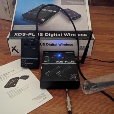 Line 6 X2 XDS-PLUS Digital Wireless Instrument System