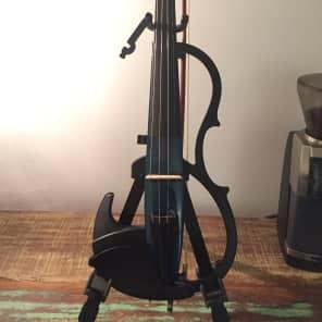Yamaha SV-200KBLU Studio Solid Body Violin