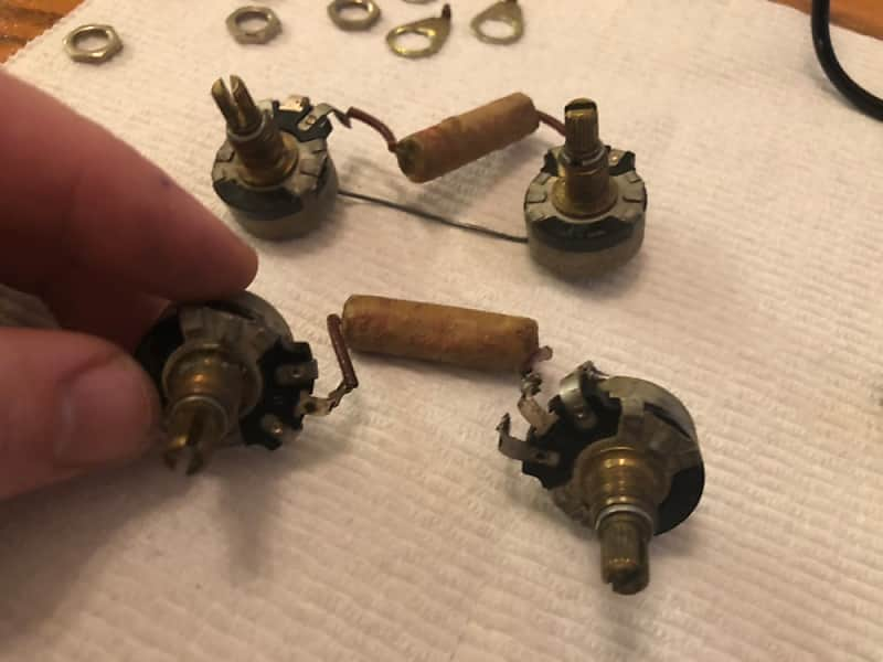 Gibson Vintage 1954 Les Paul Standard wiring harness - pots, caps, on