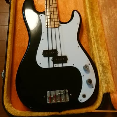 1977-1980 Fresher P-bass, FP 331B, made in Japan, Tuxedo finish,  with hard case, MIJ vintage for sale