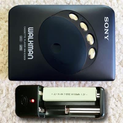 SONY WM-EX909 Walkman Cassette Player, Excellent Black ! Working !