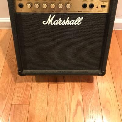 Marshall VS15  15W Guitar Combo Amp