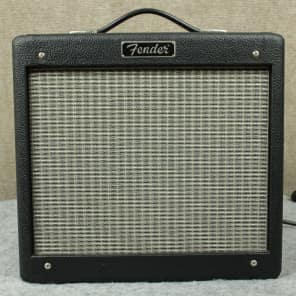 "Fender Pro Junior 15-Watt 1x10"" Guitar Combo 2002 - 2010"