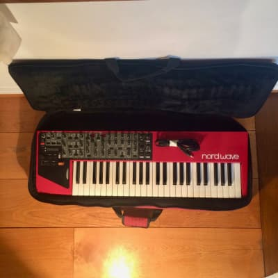 Clavia Nord Wave - Analog, FM synthesis, Wavetable, Sampler - With Clavia Soft Case