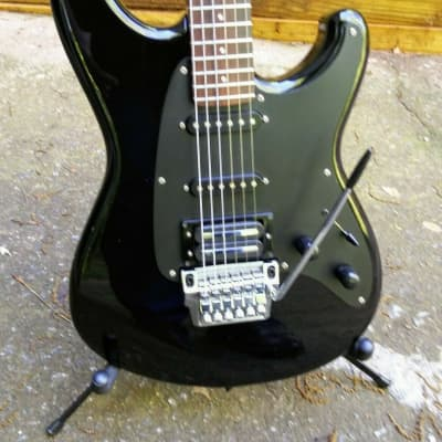 1985 IBANEZ Roadstar II RS440 / Black / Made in Japan (MIJ) / Recent Set Up / Ibanez Hard Case for sale
