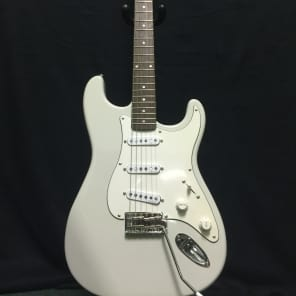 Schecter California Vintage Traditional Standard  Artic White for sale
